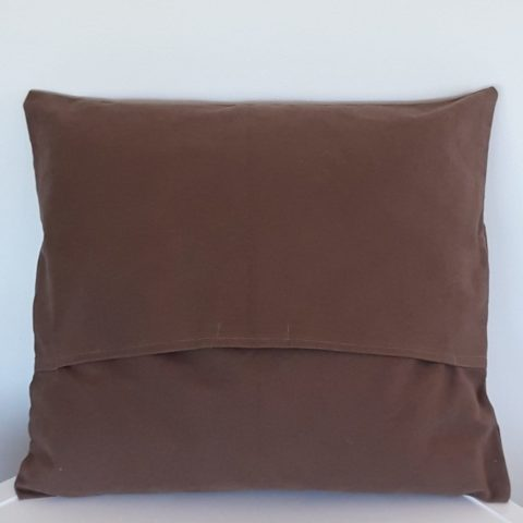 CUSHION_001_Pic2