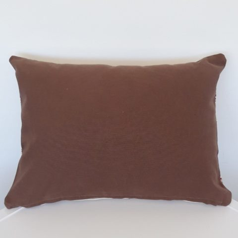 CUSHION_012_Pic2