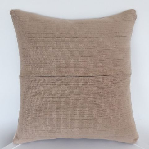 CUSHION_017_Pic2