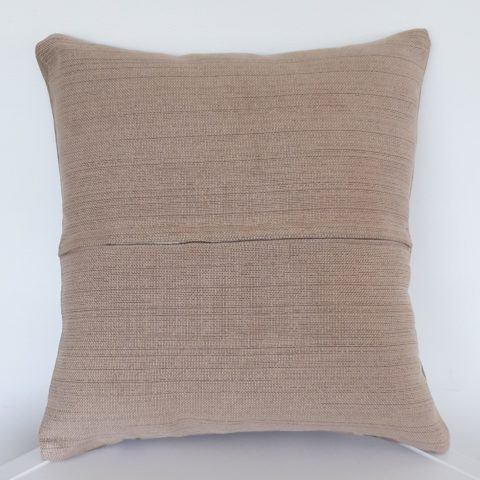 CUSHION_018_Pic2